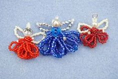 Best collection of free jewelry making tutorials, craft ideas, design inspirations, tips and tricks and trends Beaded Christmas Ornaments, Christmas Jewelry, Christmas Decorations To Make, Christmas Crafts, Angel Ornaments, Beading Projects, Beading Tutorials, Beading Patterns, Beaded Crafts