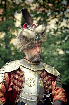 Polish Hussar (cartouche of the Immaculate Conception on the heart side) Folk Costume, Costumes, Knight Armor, Period Outfit, Body Armor, Mature Men, European History, My Heritage, Historical Costume