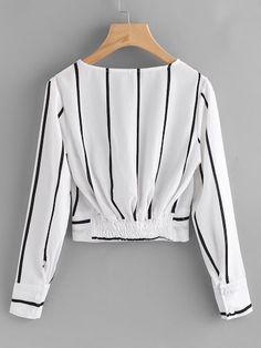 Sexy listrado preto e branco blusas - brazil shein(sheinside) . Teen Fashion Outfits, Hijab Fashion, Trendy Outfits, Korean Fashion, Fashion Clothes, Fashion Dresses, Cute Outfits, Blouse Styles, Blouse Designs