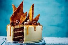 Layers of chocolate sponge with salted caramel buttercream & homemade honeycomb. Find more easy chocolate cake recipes & baking ideas at Tesco Real Food. Decadent Chocolate Cake, Chocolate Cake Recipe Easy, Delicious Chocolate, Chocolate Recipes, Chocolate Sponge, Chocolate Cakes, Homemade Cake Recipes, Baking Recipes, Dessert Recipes