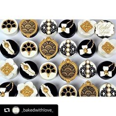 And love how Stephanie has used one of our #Gatsby Collection #stencils to decorate some of these chocolate covered Oreos