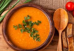 Lentils are a rich source of nutrition, and the easiest way to consume them is making them into soup. Check out these 3 easy lentil soup recipes. Vegan Lentil Soup, Lentil Soup Recipes, Diet Soup Recipes, Apple Soup, Carrot Soup, Lentils Benefits, Lemongrass Soup, Cooking Garbanzo Beans, 17 Day Diet