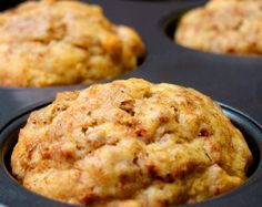 Banana Bran Muffins - uses All Bran cereal(Bake Goods Desserts) Banana Recipes, Muffin Recipes, Breakfast Recipes, Dessert Recipes, Desserts, Free Recipes, Baking Muffins, Bread Baking, Banana Bran Muffins