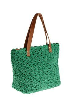 Small bags with belt. Handmade crocheted golden and leather bags. Different bags that show all the essence of the Brazilian fashion. Crochet Hook Case, Free Crochet Bag, Crochet Tote, Crochet Handbags, Crochet Purses, Crochet Hooks, Knit Crochet, Crotchet Bags, Knitted Bags