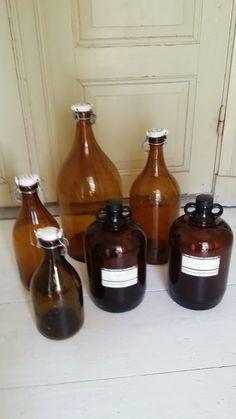 Svagdrickaflaskor olika storlekar. Vintage bottles  100-200kr WWW.tibbleantik.se