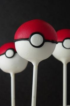 Plan the perfect Pokemon themed birthday party with these 21 ideas! With the release of the Pokemon Go app and movies like Detective Pikachu, the Pokemon craze has been revitalized and a whole new generation Pokemon Cake Pops, Pokemon Cakes, Bolo Pikachu, Pikachu Cake, Pokeball Cake, Decors Pate A Sucre, Cake Pop Designs, Buckwheat Cake, Cupcakes Decorados