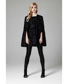 LILLY E VIOLETTA #fashion #fur #cape #lillyevioletta @lillyevioletta1