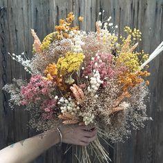 Well, isn't this just a big ball 'o sunshine? Dried Flower Wreaths, Dried Flower Bouquet, Dried Flowers, Wedding Bouquets, Wedding Flowers, Flower Aesthetic, Ikebana, Floral Arrangements, Floral Design