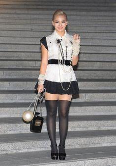 CL aka Lee Charin 2NE1