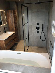 Bathroom Goals, Bathroom Spa, Bathroom Layout, Bathroom Interior Design, Modern Bathroom, Wc Design, Concrete Bathroom, Bathroom Inspiration, Diy Home Decor