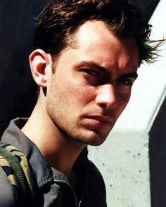 """169 Me gusta, 3 comentarios - Jude Law (@davidjudelaw) en Instagram: """"#judelaw #actor"""""""