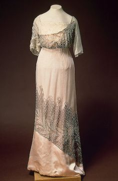 Evening dress ca. 1910 via The Hermitage Museum
