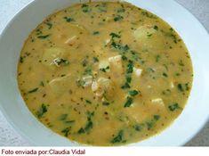 CHUPE DE HABAS     Ingredientes :    3 cucharadas de aceite    ½ taza de cebolla picada    ½ cucharadita de ajos molidos    1 cucharada de p...