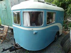 1940s / 50s vintage caravan   Flickr - Photo Sharing!