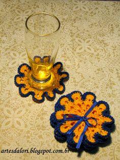 Artes da Lori: Porta Copos em Crochê