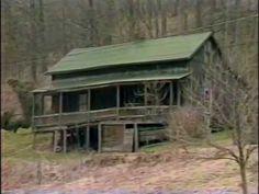 LORETTA LYNN PRESERVES HER BIRTH HOME IN BUTCHER HOLLOW, KENTUCKY - 1986 (273) - YouTube