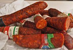 kolbász Hungarian Cuisine, Hungarian Food, Hungarian Recipes, Sausage Making, How To Make Sausage, Budapest Hungary, Family Meals, Delicious Food, Fall