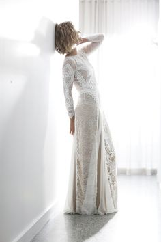 With a unique combination of French and Japanese lace, paired with a flattering fit and a statement low back, the Inca is an unforgettable, signature GLL gown.