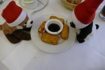 frittierter Schafskäse mit Pflaumendip, Restaurant, spanisch, Picasso, Hamburg, essen&trinken, Rezension