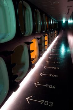 9 hrs Capsule Hotel, Kyoto