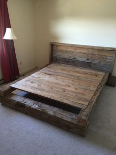Wohnen Beds made of wild oak King Platform Bed - Made From Hand-Hewn and Rough Cut Reclaimed Uses of Rustic Platform Bed, King Platform Bed, Bed Frame And Headboard, Diy Bed Frame, Wood Headboard, Bed Frames, Pallet Furniture, Bedroom Furniture, Bedroom Decor