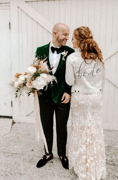 A neutral, all white bride ensemble that is perfectly complimented by the grooms custom emerald green velvet suit | Image by Karra Leigh Photography Wedding Advice, Wedding Blog, Our Wedding, Timeless Wedding, Elegant Wedding, Tears Of Joy, Colored Wedding Dresses, Bold Fashion, Wedding Trends