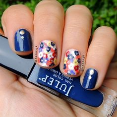 Loving this cute floral design @ hannvjk