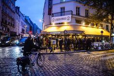 Café alvo de ataques em Paris reabre as portas. (foto: EPA)