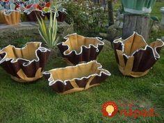 Do betónu ponorili veci určené na vyhodenie, nechali zaschnúť a postavili do záhrady: Tieto úžasné nápady sa oplatí vidieť!