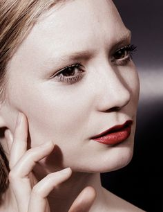 The always stunning Mia Wasikowska becomes the stunning new covergirl of Interview magazine photographed for the August 2014 edition by fashion photographer Craig McDean. Mia Wasikowska, Craig Mcdean, Templer, Australian Actors, Face Characters, Dramatic Look, Natural Face, Famous Faces, Covergirl