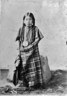 Nez Perce girl - circa 1900