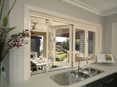 Ideas for kitchen corner window sinks Aluminium Windows And Doors, Casement Windows, Kitchen Window Blinds, Kitchen Windows, House Windows, Pass Through Window, Kitchen Corner, Window Design, My Living Room
