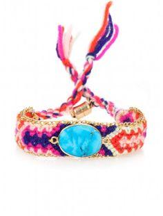 Friendship bracelet with a twist