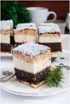 Makowiec śnieżny - I Love Bake Polish Cake Recipe, Polish Recipes, Food Cakes, Cupcake Cakes, Poppy Seed Cake, Cake Bars, Chocolate Coffee, Cake Recipes, Caramel