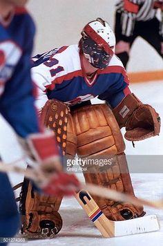 Ed Staniowski Hockey Goalie, Hockey Games, Field Goal Kicker, Goalie Mask, Best Masks, Good Old Times, Nfl Fans, Jets, Nhl