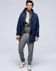 J.Crew men's cotton fishtail jacket, heavyweight fleece vest and slim sweatpant.