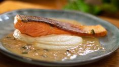 Perfect Pan Seared Salmon with Lemon Butter Cream Sauce - Easy Meals with Video Recipes by Chef Joel Mielle - Fish Recipes, Seafood Recipes, Cooking Recipes, Fish You Can Eat, Butter Cream Sauce, Pan Fried Trout, Cauliflower Puree, Pan Seared Salmon, Fish Dishes