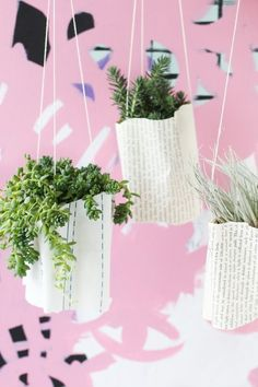DIY // How to Make Hanging Ripple Planters with Paper #papercrafts #planters #plants #plantlady