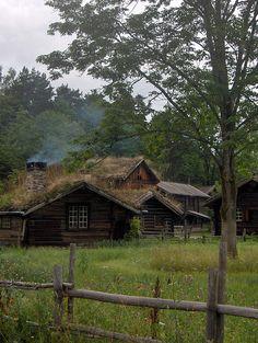 elynios:  Old Norwegian Houses by Ben Harris-Roxas on Flickr.