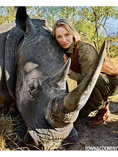 Uma Thurman Helps Rescue Endangered Rhinoceros in Africa, Calls it a 'Spiritual, Surreal Experience' http://www.people.com/article/uma-thurman-saves-endangered-rhinoceros-africa