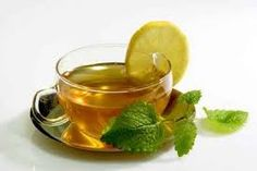 Information on the Health Benefits, Traditional Uses, Active Ingredients and Side Effects of Natural Herbs for Anxiety Treatment and Relief Lemon Balm Recipes, Tea Recipes, Best Herbs For Anxiety, Tea For Bloating, Herbs For Sleep, Lime Tea, Lemon Balm Tea, Tulsi Tea, Organic Herbal Tea
