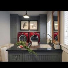 Love the red washer and dryer