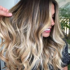 T H A T • V A R I A T I O N  Image via @citiesbesthairartists   #hair #hairgoals #hairinspo #haircolor #balayage #ombre