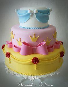 Three Tier Princess Cake. #rosiesteaparty #rosiesworld #cakeideas #cakedecorating #cakedesign #birthdayparty #birthdaycake #kidscake #disneycake #princesscake