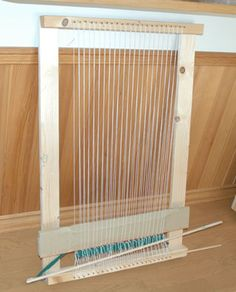 Simple home made loom. 自作織り機