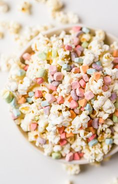 { Lucky Charms marshmallow popcorn }