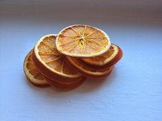 Oven dried oranges, for some DIY decor.