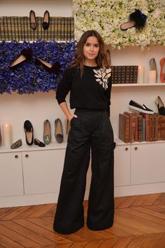 Miroslava Duma at Elisabeth von Thurn und Taxis party at Chatelles fashion week: wide-legged black trousers, black metallic embellished sweater Mira Duma, Miroslava Duma, Work Fashion, Fashion Week, Paris Fashion, Trendy Fashion, Fashion Outfits, Business Outfit Frau, Thurn Und Taxis
