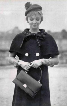 1960 Nina Ricci Vintage Glamour, Vintage Style, Vintage Fashion, Teen Skirts, 1940s Hair, Dior Haute Couture, 20th Century Fashion, Sixties Fashion, White Fashion