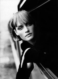 Amber Valletta in Amber et Herve editorial, Vogue Paris August 1994 (photography: Dominique Issermann) Peter Lindbergh, Amber Valletta, Vogue Photography, Portrait Photography, Black And White Portraits, Black And White Photography, Vogue Models, Dominique, Stephanie Seymour